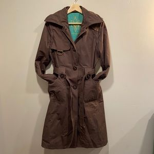 Mackage Trenchcoat With Removable Sleeves